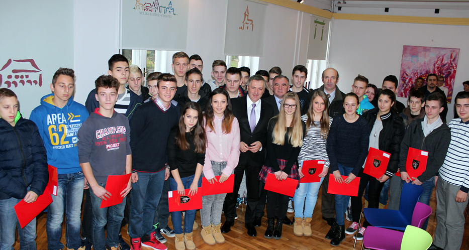 Velika Gorica: I ove godine gotovo pola milijuna kuna za stipendije