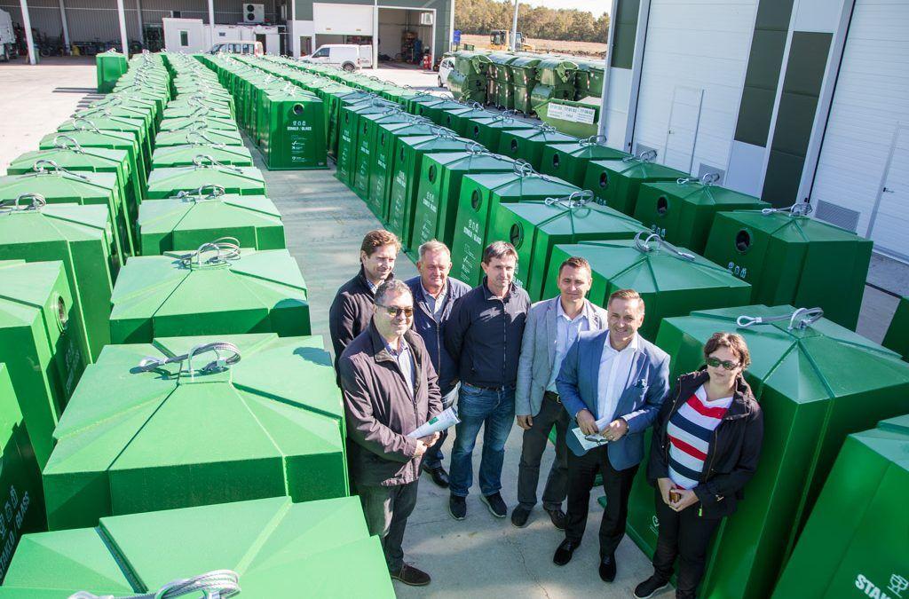 Velika Gorica: Osigurani novi kontejneri za staklo te 22 tisuće posuda za odvojeno prikupljanje