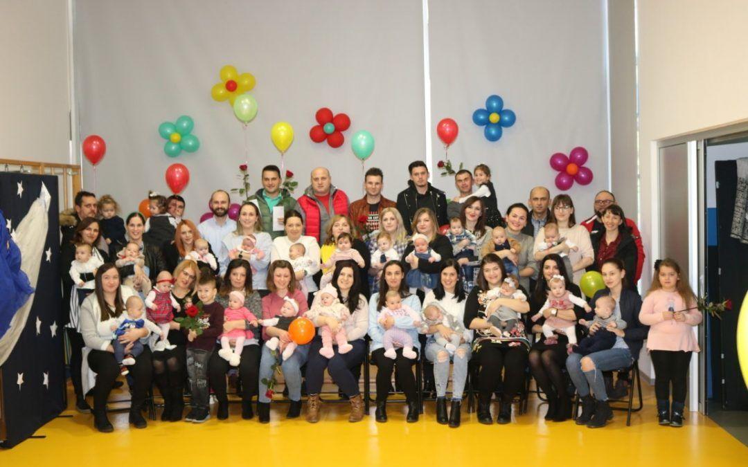 Pleternica: U devet mjeseci 11 više rođenih beba nego lani