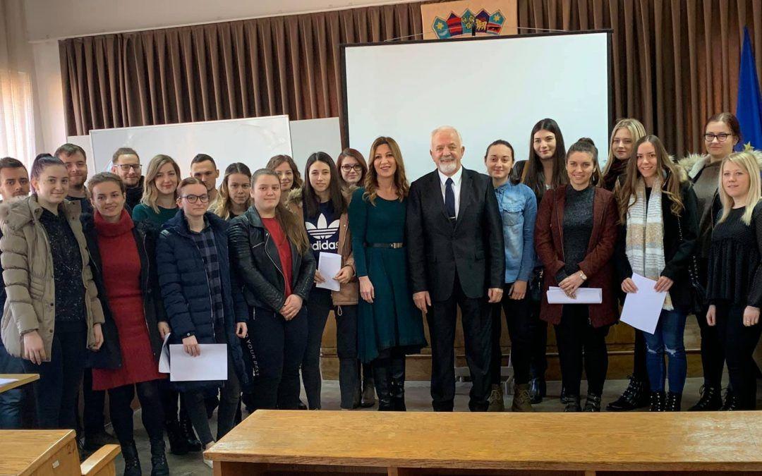 Zlatar: Dodijeljeno 26 stipendija učenicima i studentima