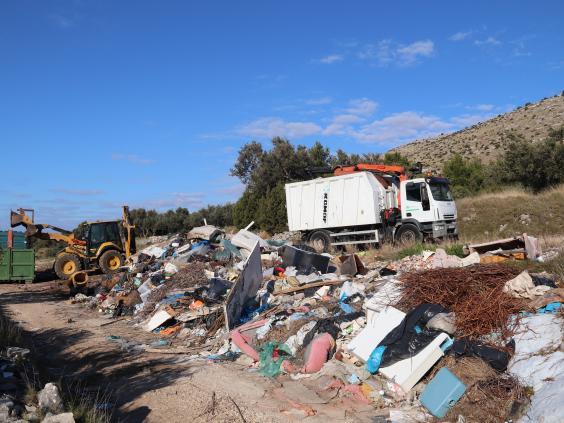 Šibenik: Započela sanacija ilegalnog deponija u Grebaštici, za ovogodišnje sanacije osigurano 170 tisuća kuna
