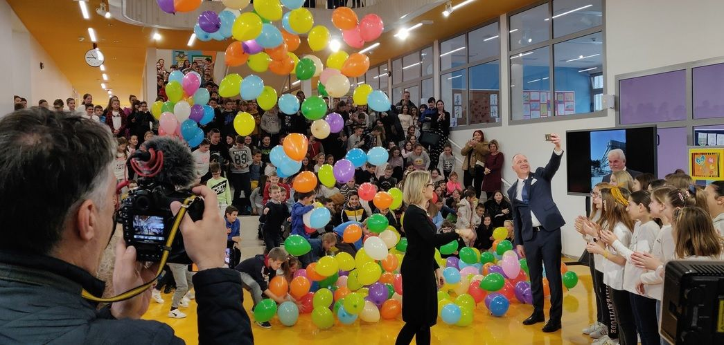 Split: Svečano otvorena nadograđena Osnovna škola na Pujankama, ukida se treća smjena
