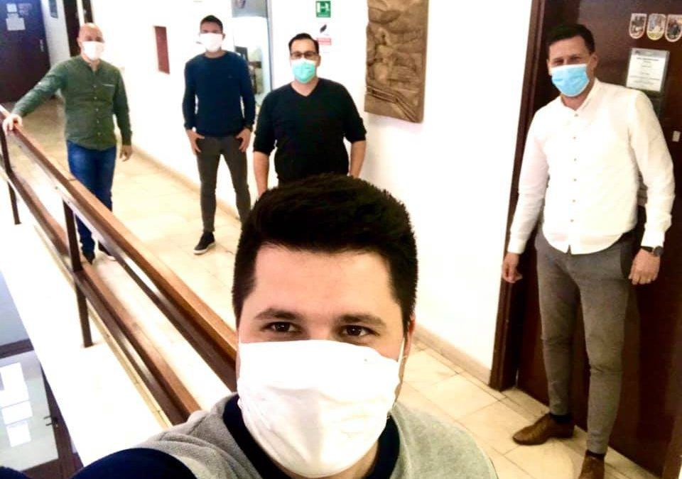 Vrgorac: Aktivirali virtualnu tržnicu, 400 tisuća kuna obrtnicima i poduzetnicima, osigurane zaštitne maske, gradonačelnik donirao Crvenom križu 5.000 kuna