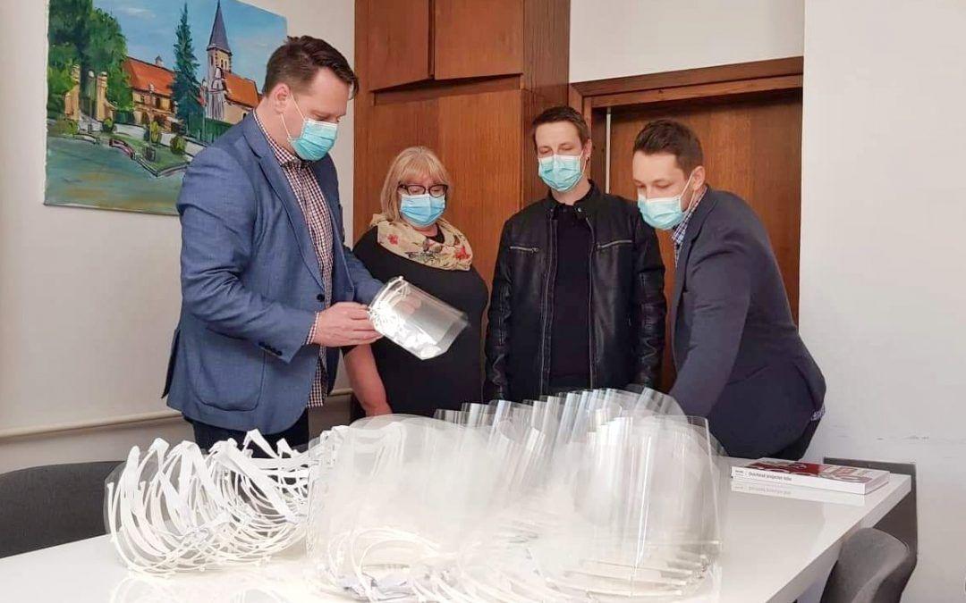 Oroslavje: Zdravstveni radnici i djelatnici u trgovinama u dobili zaštitne vizire