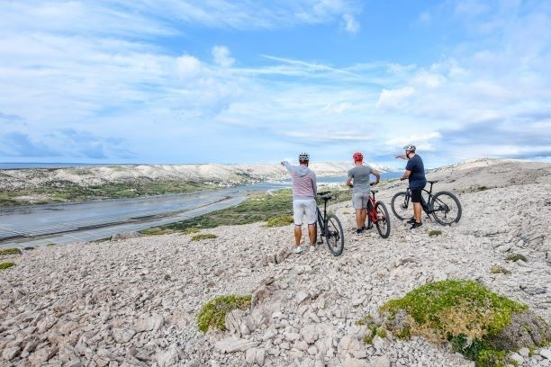 Nastavlja se Pag Summer Outdoor weekend; zaljubljenici u aktivni turizam moći će uživati u nestvarnim prizorima mjesečevog otoka