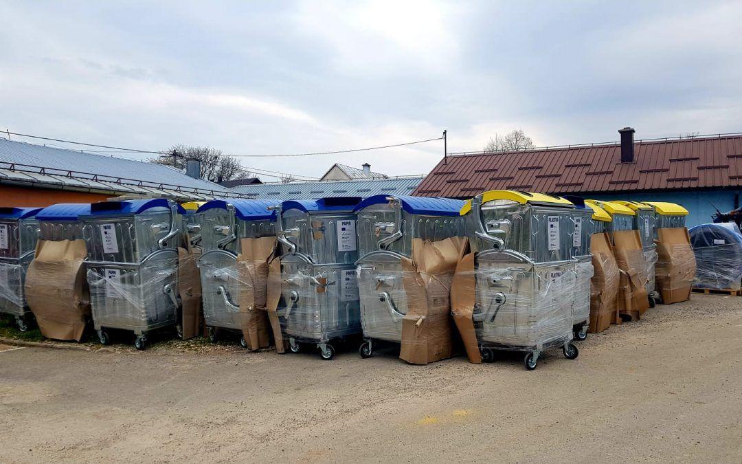 Gospić: Stigli spremnici za odvojeno prikupljanje otpada