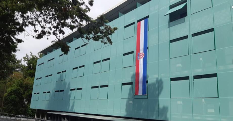 """Split: Obnovljeni studentski dom """"Bruno Bušić"""" i Tehnološki park, budući inkubator za visoke tehnologije, otvorili vrata studentima"""