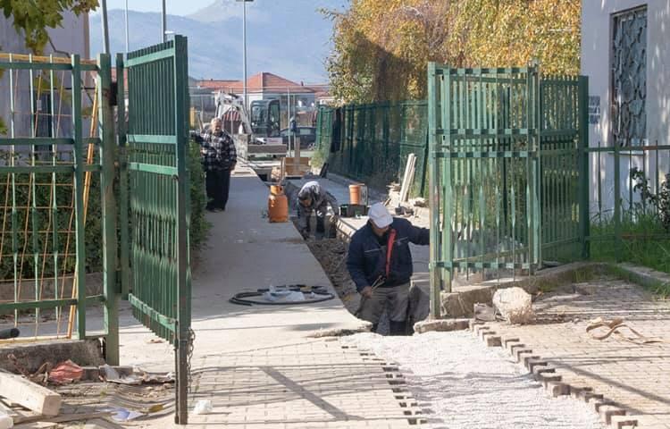Metković: Traju radovi na projektu odvodnje viška vode s igrališta dječjeg vrtića