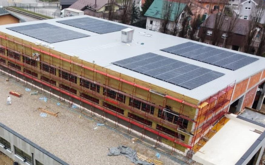 Zaprešić: Na krov nove dvorane postavljena solarna elektrana