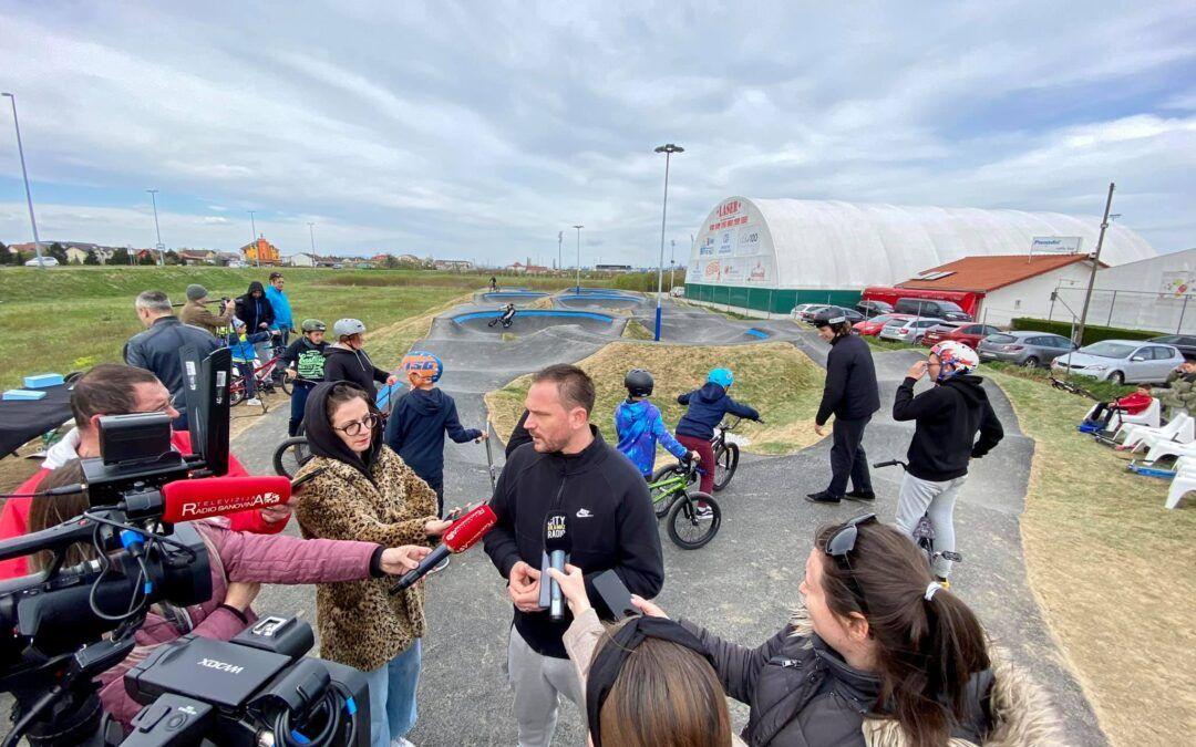 Velika Gorica: Otvoren pump track, najveći u RH i među tri najveća u Europi; uskoro staze za rolanje i skate…