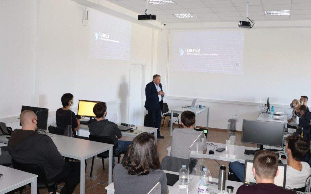 Lipik: U Edukacijskom centru umjetne inteligencije započela gostujuća predavanja