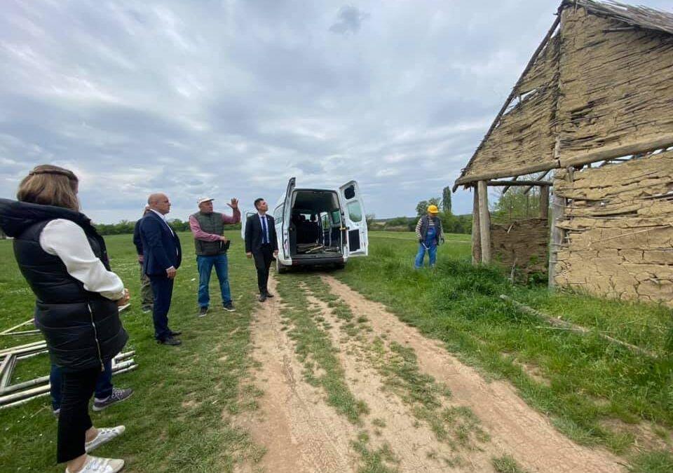 Vinkovci: Započeli radovi na obnovi sopotskih kućica u sklopu budućeg arheološkog parka