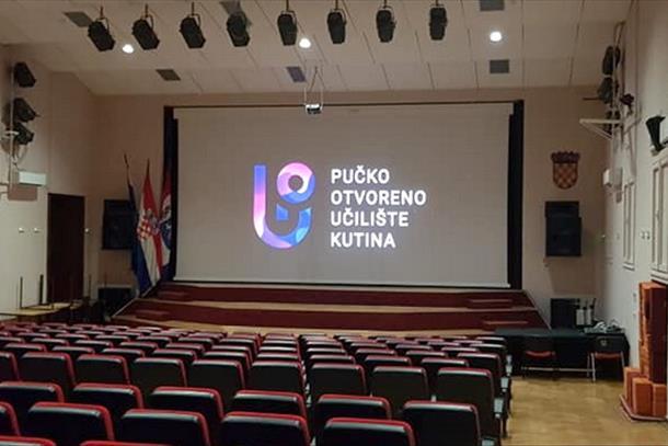 Kutina: Kino Pučkog otvorenog učilišta dobilo novo elektromotorno projekcijsko platno